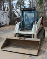 Skidsteer equipment